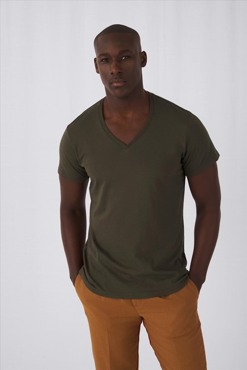 Inspire V-neck T-shirt Men
